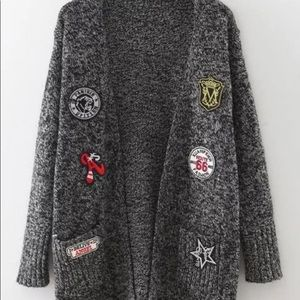 Sweaters - ✨🏈Black and White Marled Varsity Letter Cardigan